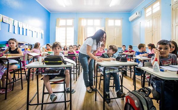 Metas na educação: veja comparativo das 7 prioridades do MEC com ações obrigatórias previstas na lei do PNE