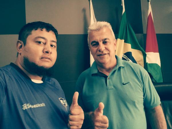 Marcos Prudente (E) em Selfie com o prefeito Faé/Foto:Marcos Prudente