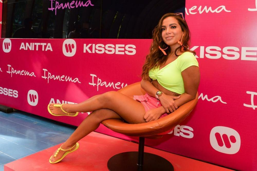 Anitta lança 4º álbum de sua carreira: 'Kisses' tem canções em português, espanhol e inglês — Foto: Fabio Cordeiro/Divulgação