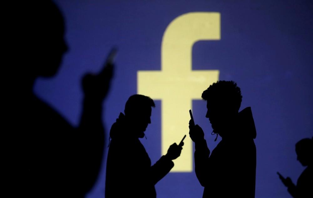 Rede social armazenou e-mails e senhas de usuários sem autorização. — Foto: Dado Ruvic/Reuters