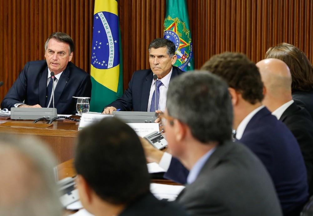 Presidente Jair Bolsonaro e ministros participam de reunião do Conselho do PPI, no Palácio do Planalto — Foto: Carolina Antunes/PR