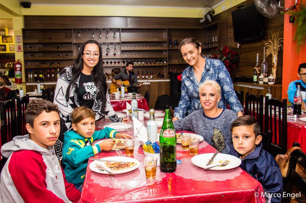 Juliana da Silva no jantar/Foto:Marco Engel - Fronteira Online