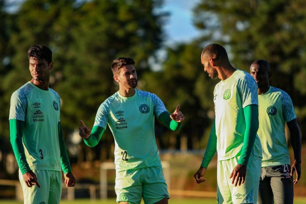 Everaldo está confirmado entre os titulares — Foto: Márcio Cunha|ACF