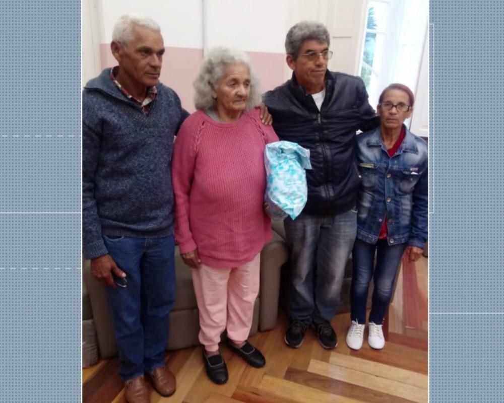 Filhos reencontraram a mãe Maria, que vive há 47 anos em um asilo de Curitiba — Foto: Reprodução/RPC