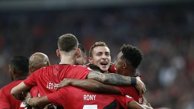 Marco Ruben fez o gol depois de boa jogada com Rony (Foto: Jonathan Campos/Gazeta do Povo)