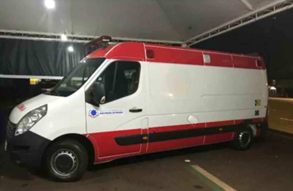 Prefeitura de São Miguel do Iguaçu exonerou servidores que usaram ambulância para transportar produtos contrabandeados — Foto: Reprodução/RPC