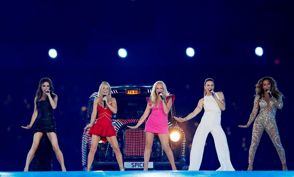 Spice Girls durante cerimônia dos Jogos Olímpicos em 2012 — Foto: REUTERS/Stefan Wermuth/Arquivo