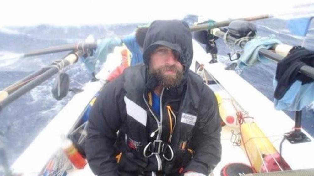 Nick Griffiths perdeu o dedo congelado ao competir em uma maratona de inverno no noroeste canadense — Foto: Nick Griffiths / Facebook
