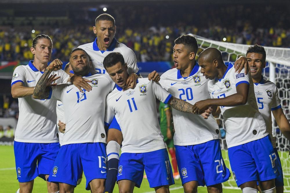 Segundo de Coutinho teve comemoração geral da Seleção — Foto: BP Filmes
