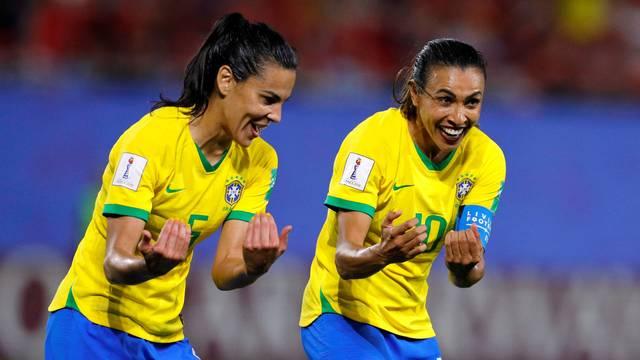 Marta Itália x Brasil (Foto: Reuters)