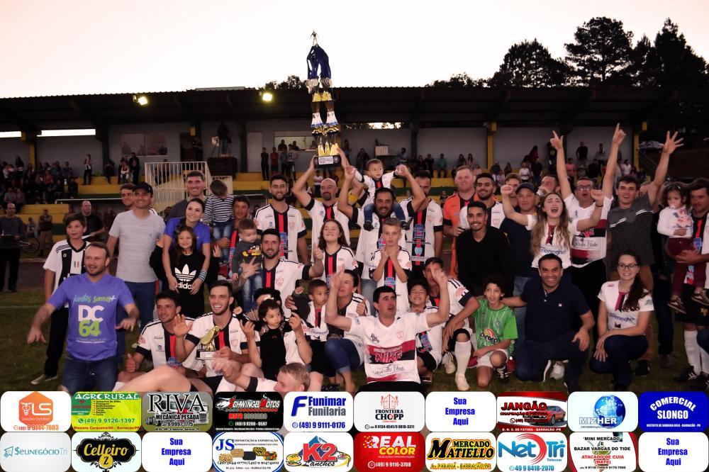 Atlético Sede Marina comemorando o título de campeão/Foto:Marcos Prudente