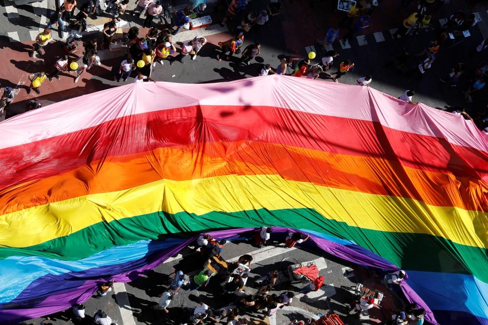 Parada do orgulho LGBT+ em São Paulo, neste domingo (23) — Foto: Nacho Doce/Reuters