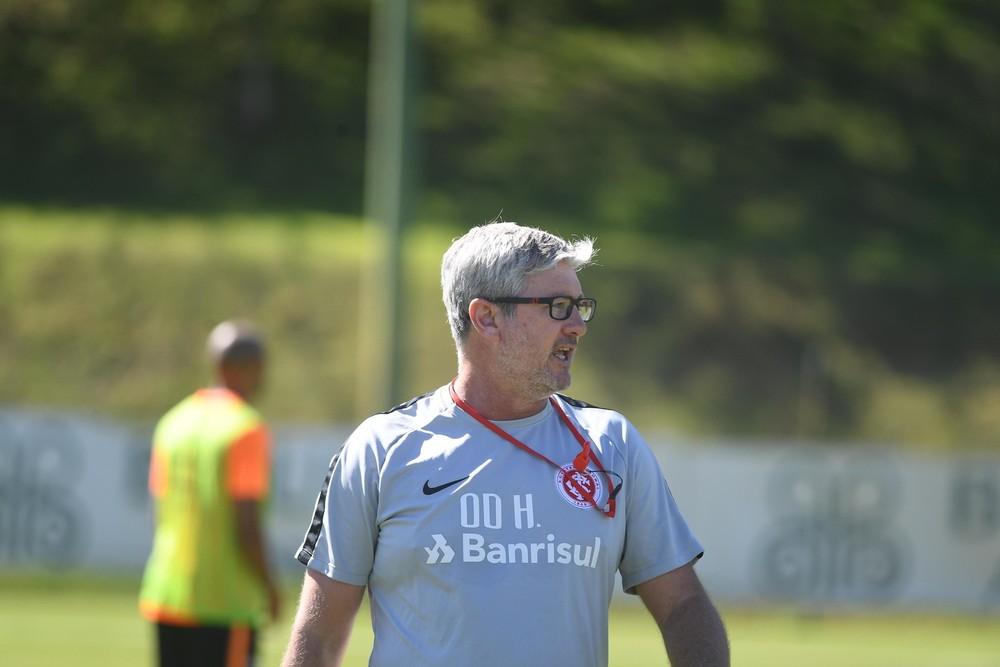 Odair Hellmann trabalha Inter para decisões — Foto: Ricardo Duarte / Divulgação Inter
