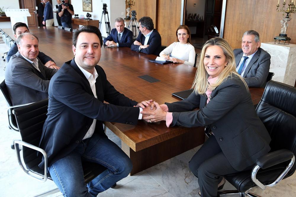 Cida Borghetti ocupou o cargo de governadora antes de Ratinho Junior assumir o mandato — Foto: AEN/Divulgação