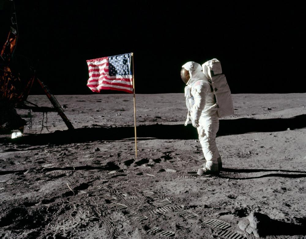 Astronauta Neil Armstrong na Lua — Foto: Divulgação/Nasa