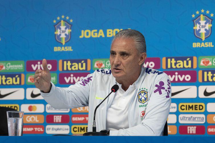 Técnico Tite mantem segredo sobre a escalação da seleção para a partida contra a Argentina - Lucas Figueiredo/CBF