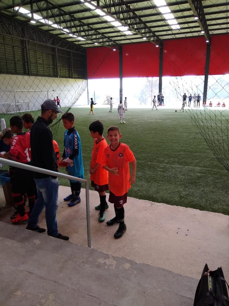 Barracão - Aluno e Professor participam do Festival de Futebol do Furacão em Curitiba