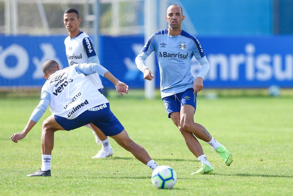 Tardelli treinou normalmente nesta sexta-feira — Foto: Lucas Uebel/Divulgação Grêmio