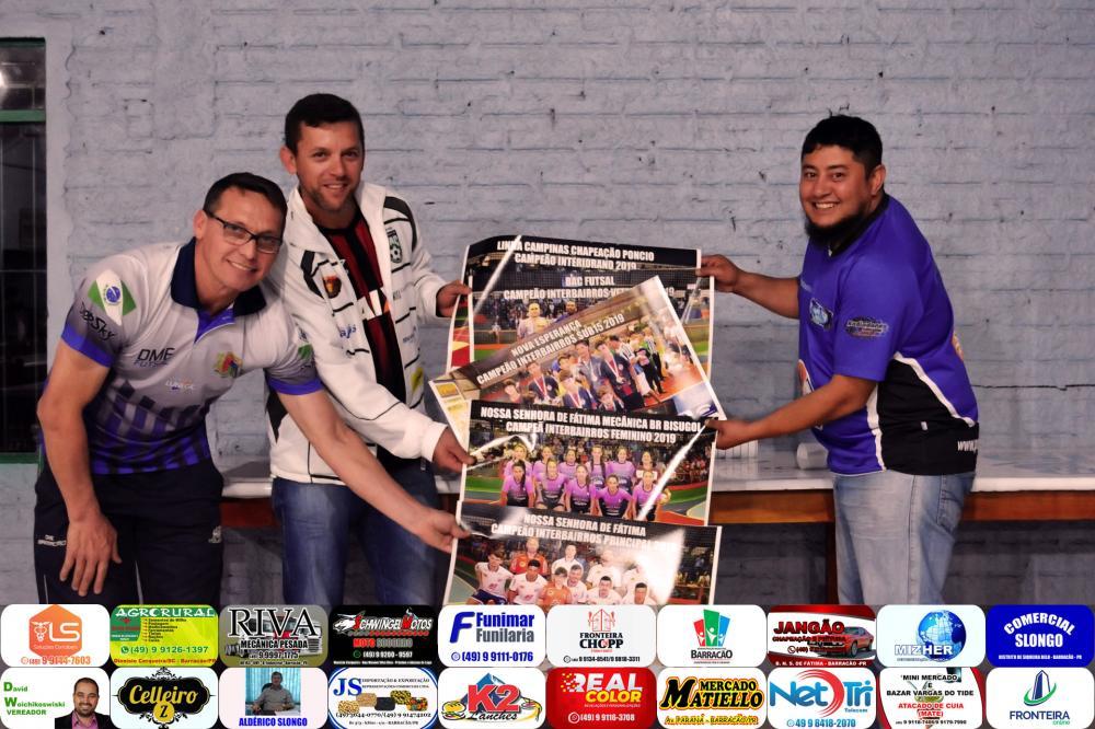 Dirceu Garbin, Fernando Lara e Marcos Prudente no ato de entrega/Foto:Rafael Adrades