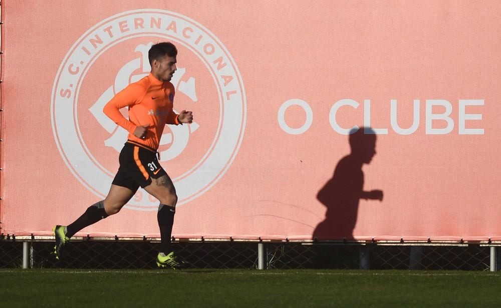 Zeca volta aos treinos físicos — Foto: Ricardo Duarte/Divulgação Inter