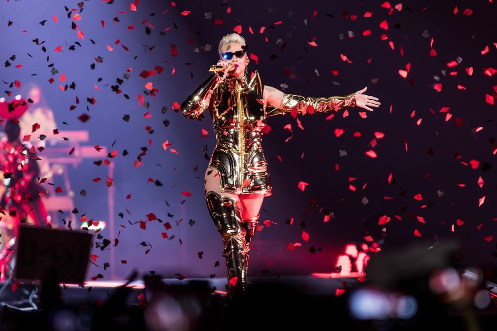 Katy Perry canta em São Paulo — Foto: Celso Tavares / G1