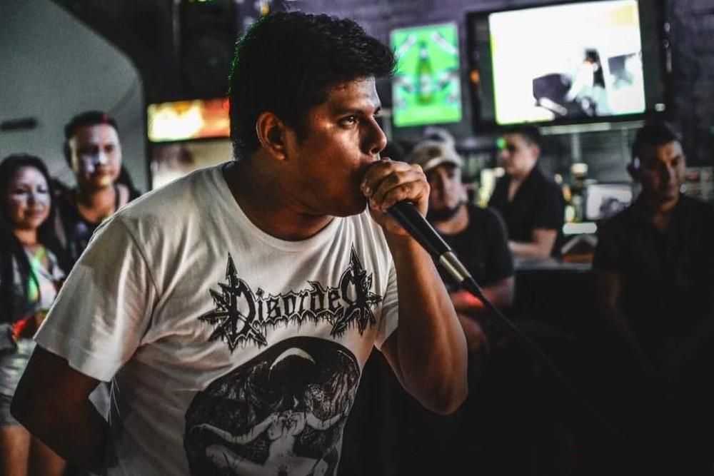 Cesar Canales era o vocalista da banda Apes of God — Foto: Divulgação