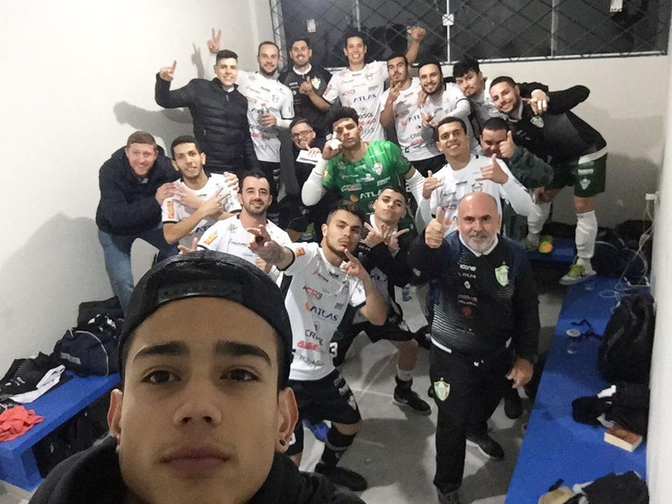 Coronel vence Mariópolis na Série Prata de Futsal Paranaense.