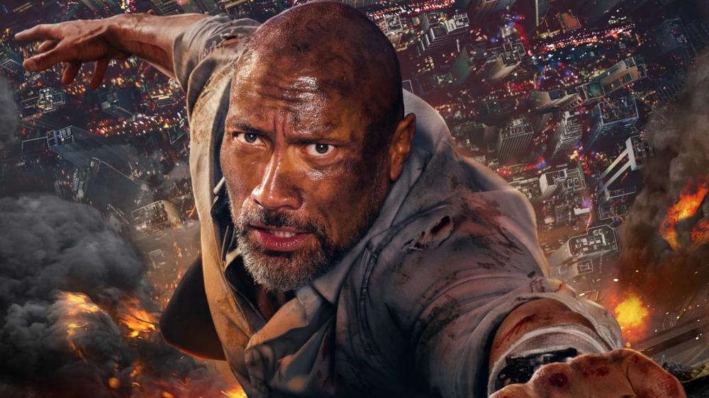 Dwayne Johnson em 'Arranha-céu: Coragem Sem Limite' — Foto: Reprodução