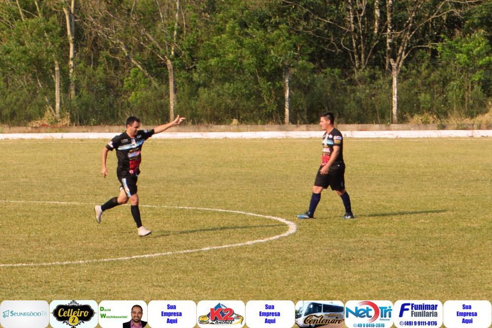 Abel Muniz em comemoração de gol/Foto:Marcos Prudente