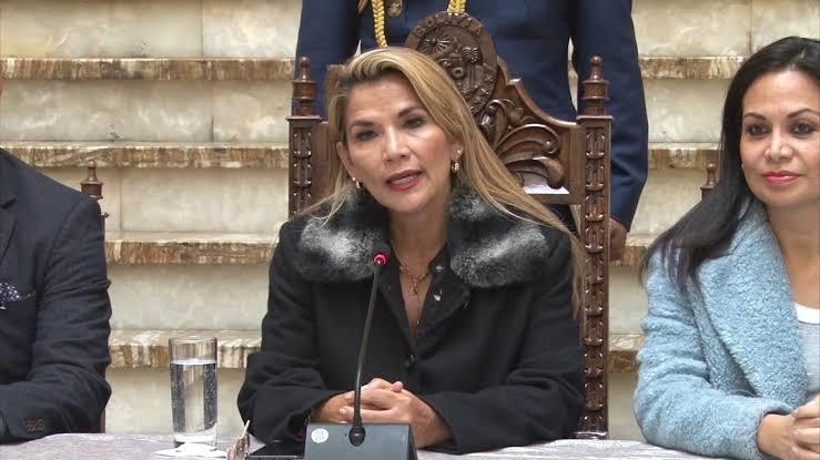 A presidente interina da Bolívia Jeanine Áñez/ Divulgação