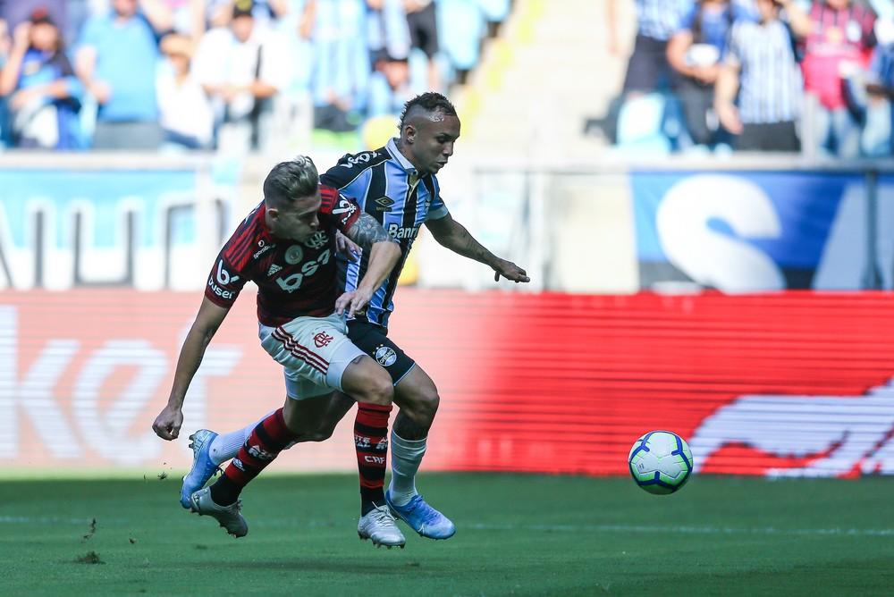 Everton em derrota do Grêmio — Foto: Lucas Uebel/Grêmio
