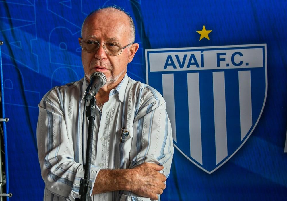 Francisco Battistotti falou dos planos do Leão da Ilha — Foto: André Palma Ribeiro/Avaí FC