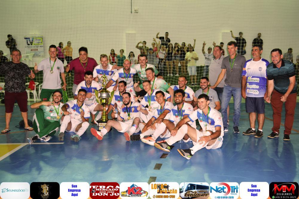Guarujá do Sul sai atrás, mas vira sobre Guatambú Society e é campeão da Liga Oestina de Futsal