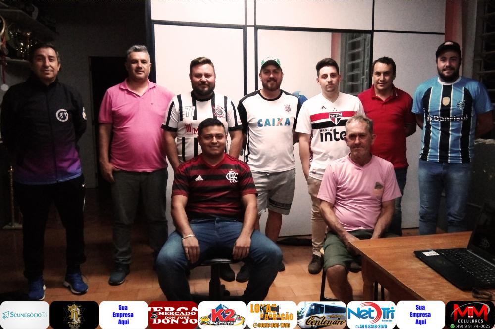Representantes das equipes e arbitragem no congresso técnico/Foto:Marcos Prudente