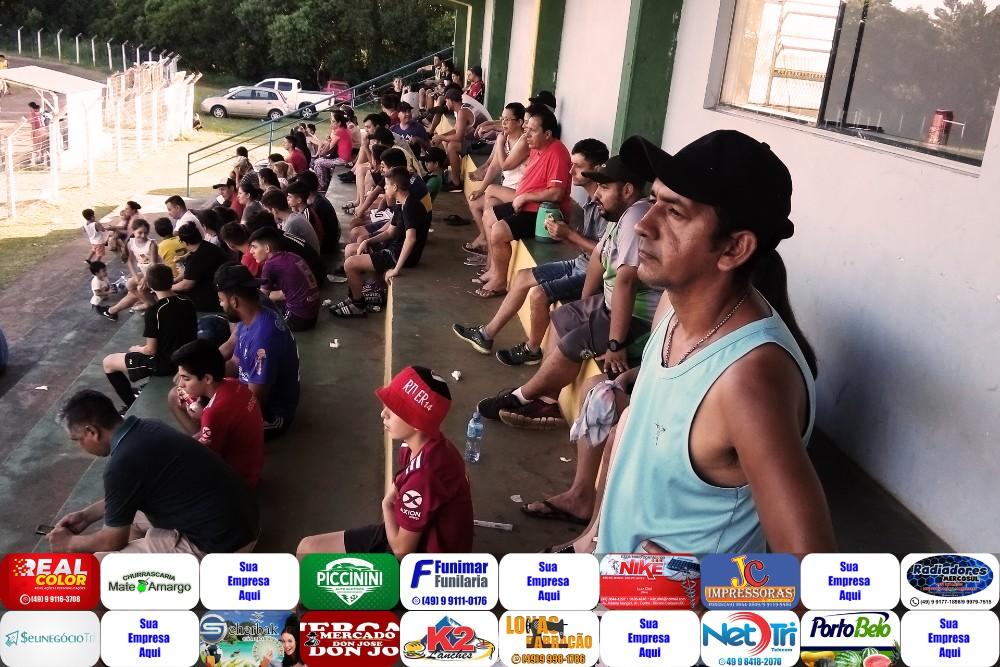 Dionísio - Bom público prestigia o I Torneio Internacional Mercosul de futebol de base