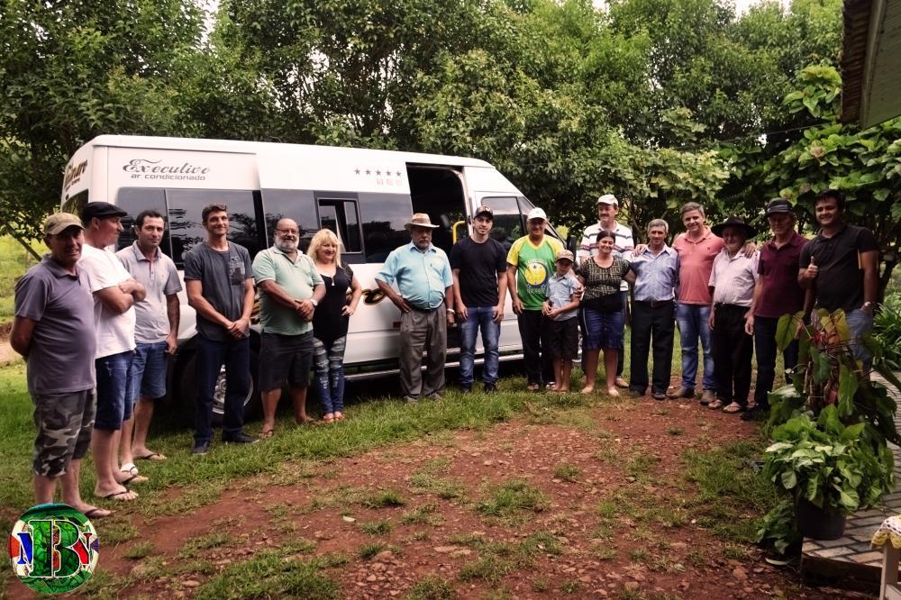 Barracão - Caravana do Movimento Barracão Novo visita comunidades e ouve demandas