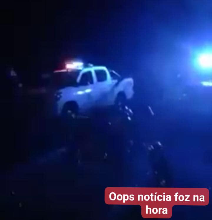 Canoa naufraga com 8 abordo no Rio Paraná, em tentativa de entrada clandestina ao Brasil