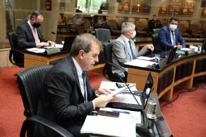 CCJ se reuniu na manhã desta terça-feira (19), no Plenário Deputado Osni Régis FOTO: Solon Soares/Agência AL
