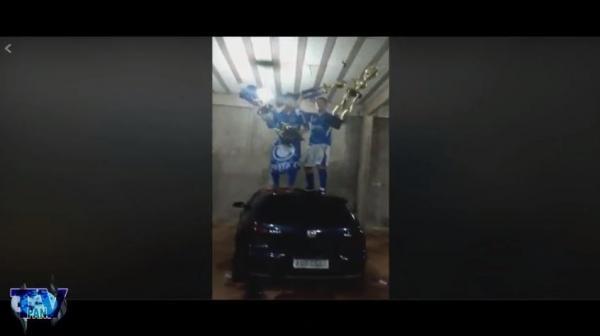 Ostentação e banho de água gelada após o tri campeonato municipal de futebol de Barracão/PR